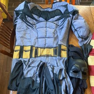Adult medium Batman costume with cape and mask